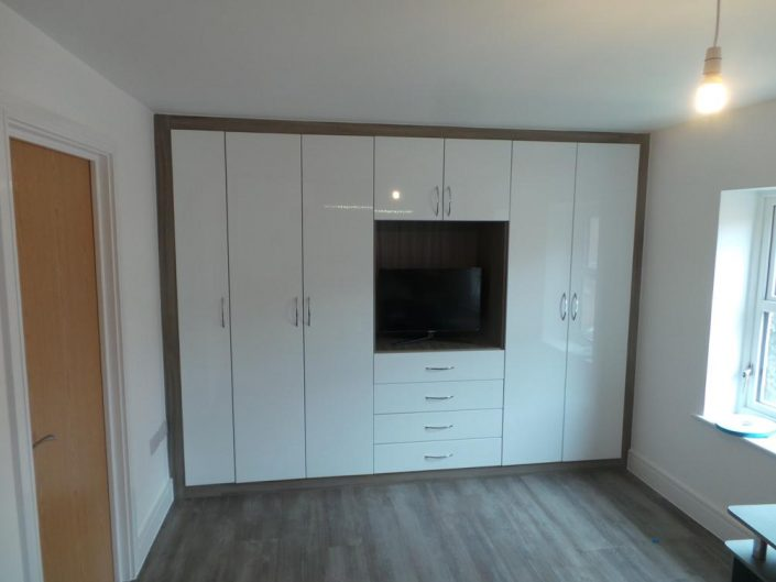 Fitted White Hinged Wardrobe