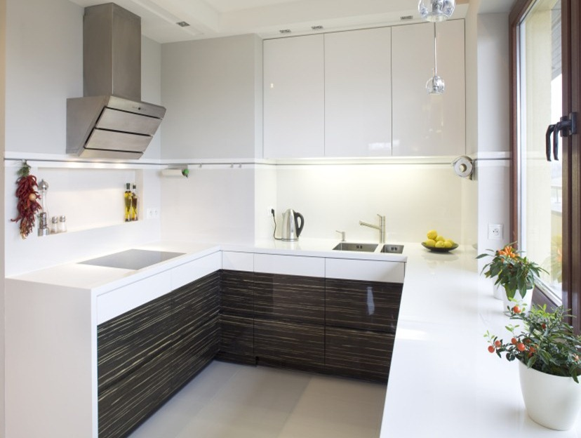 Fitted kitchens fitted wardrobes capital bedrooms for Fitted kitchens uk