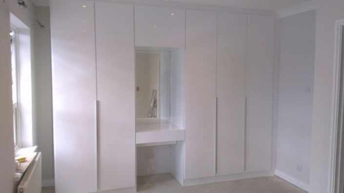 White Gloss Fitted Wardrobe