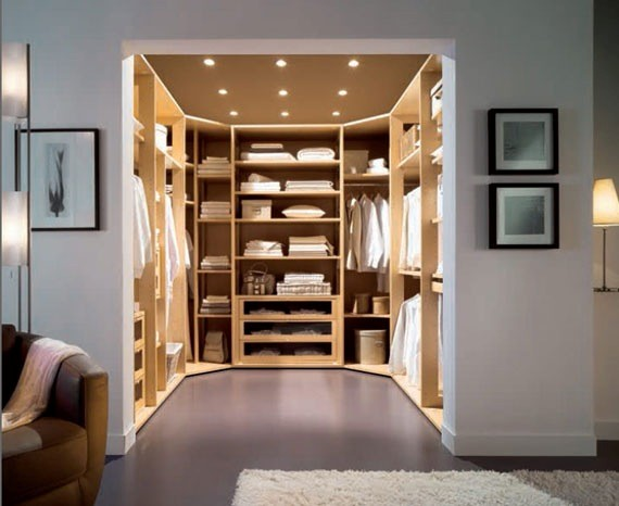Curved Walk in Wardrobes