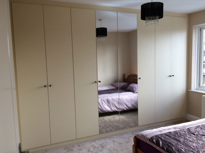 Fitted wardrobes with mirror